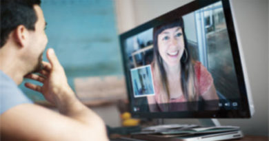 Reasons of trying a free live video chat room